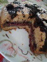 Ciccio pancake Low carb light  Un goccio di olio di semi di girasole ( che potete non mettere)2 uovaUn cucchiaino di caffè solubile un pizzico di Cannella Pentolino da 14 cm cacao amaro.